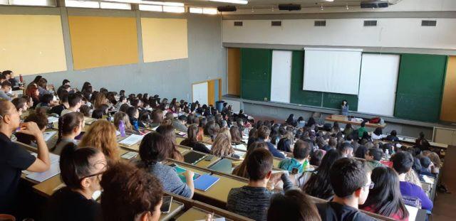 Το νέο μοντέλο πανεπιστημιακού διδάσκοντα: συμβασιούχος – μπλοκάκιας – το παιδί για όλες τις δουλειές